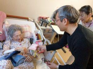 6 EldercareFacilityVisit2-min