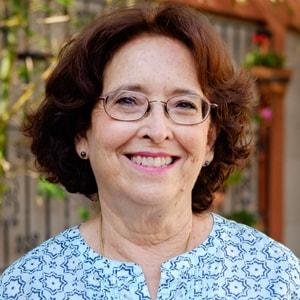 Vera Alvarez-min